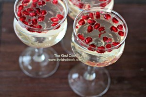 Elderflower Lemonade w Pomegranate Seeds